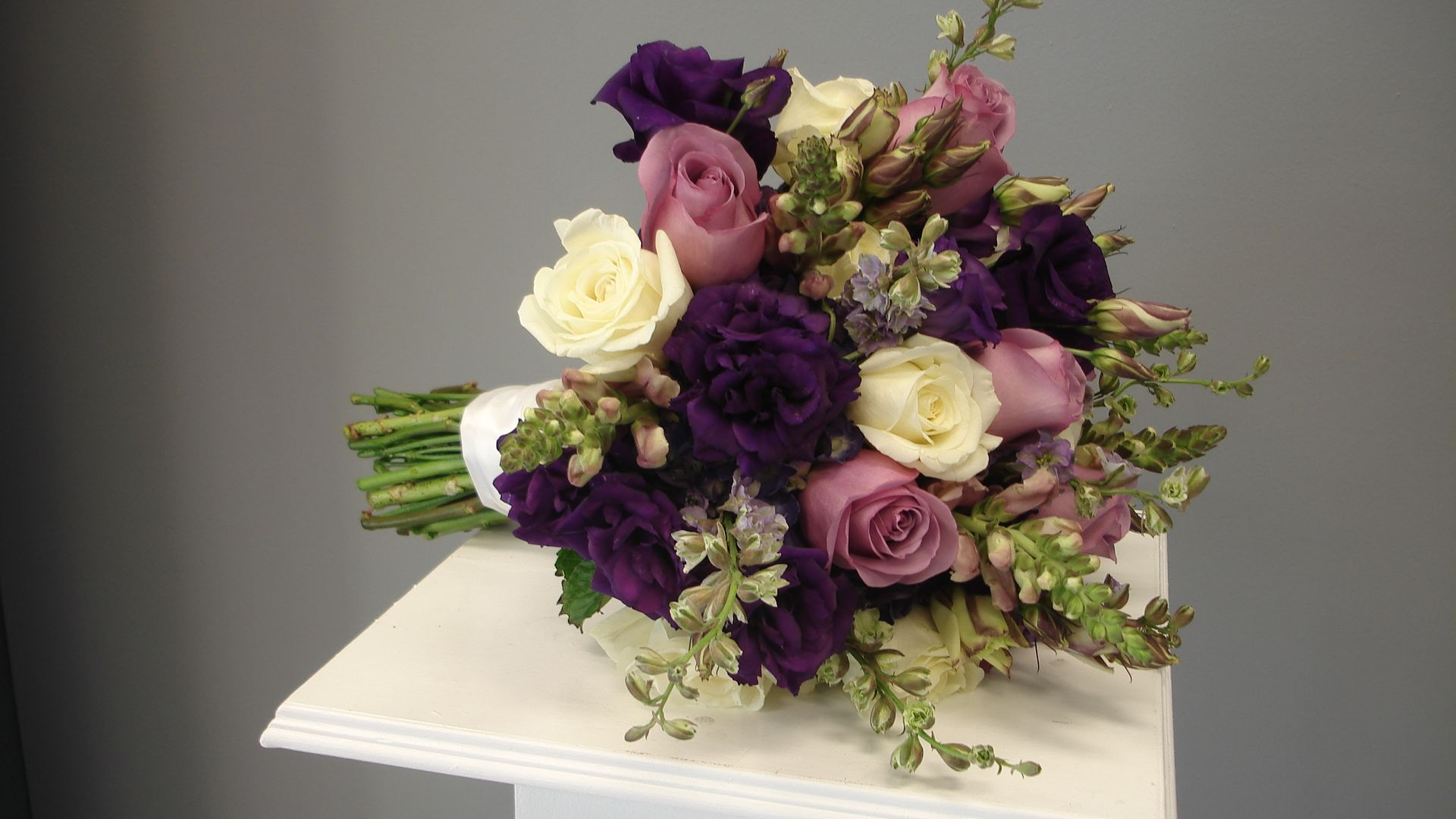 Roses Lisianthus Shades Of Purple Bridal Bouquet Flowers Of The