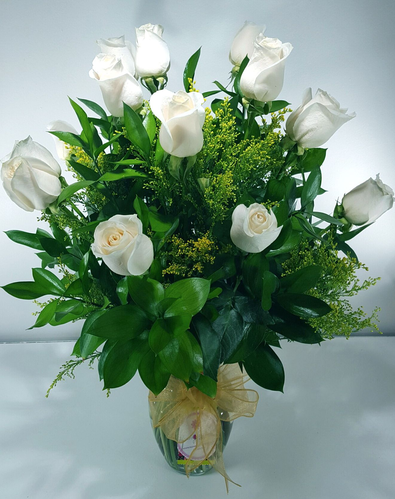 Snow White Roses (Dozen)