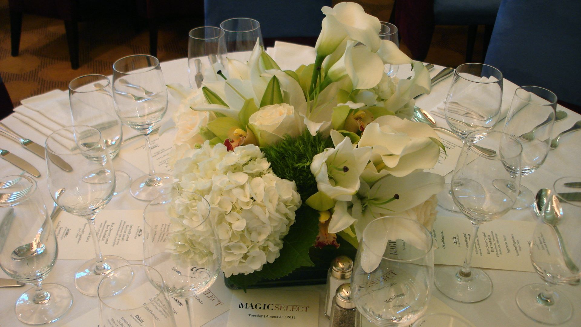Hydrangea, Orchids, Lily & Calla Lily Centerpiece - Flowers of the ...