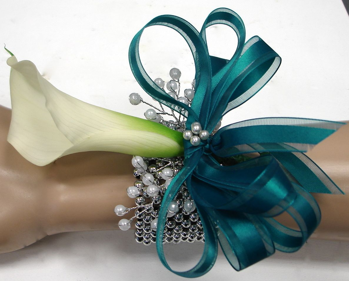start planning for prom now  flower corsage and boutonniere ideas, Beautiful flower